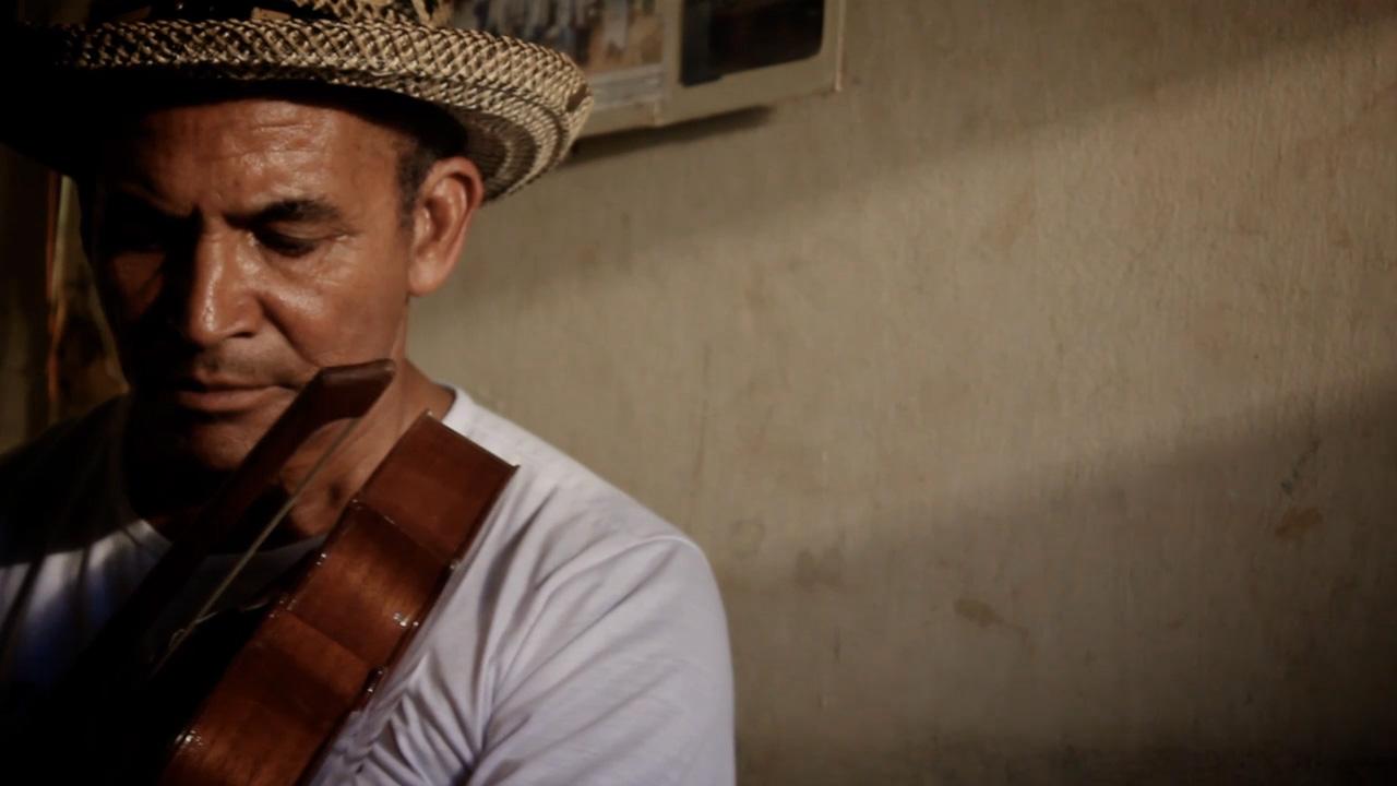 Antônio Augusto da Silva – Luthier, instrumentista